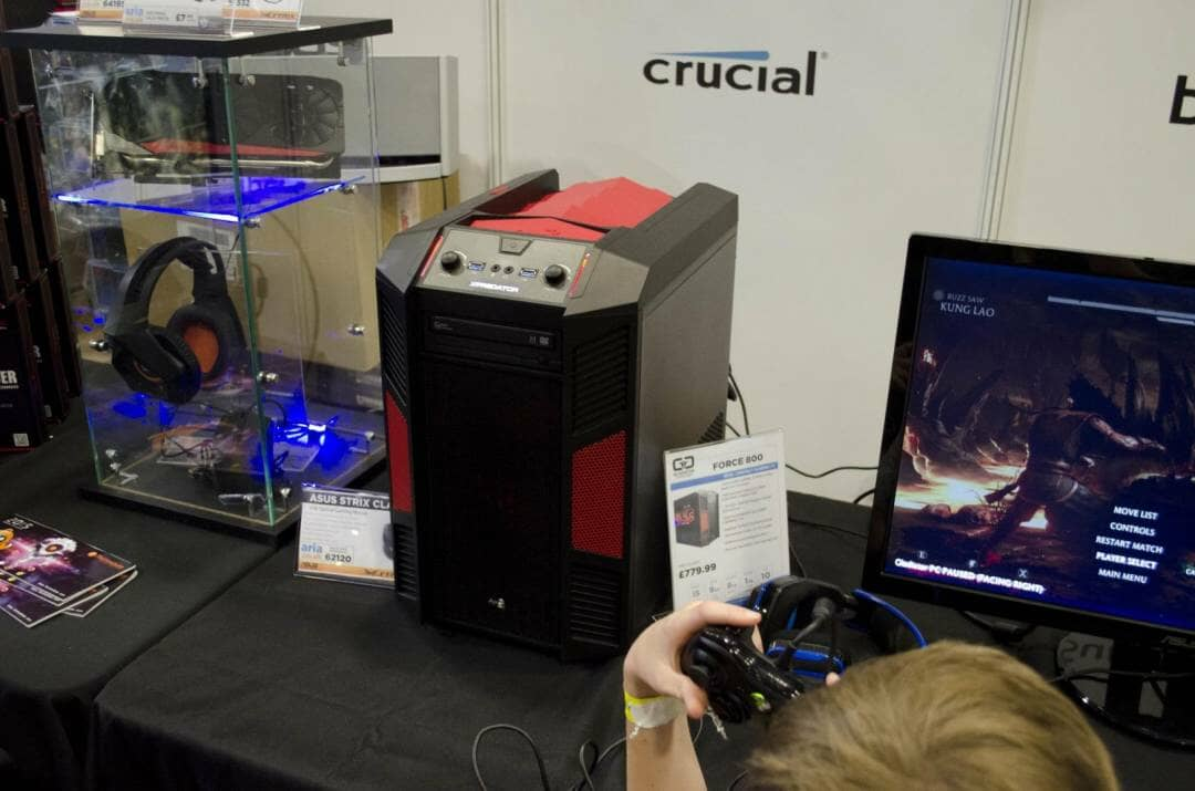 Aria and Gladiator PC at Multiplay Insomnia Gaming Festival I55_8