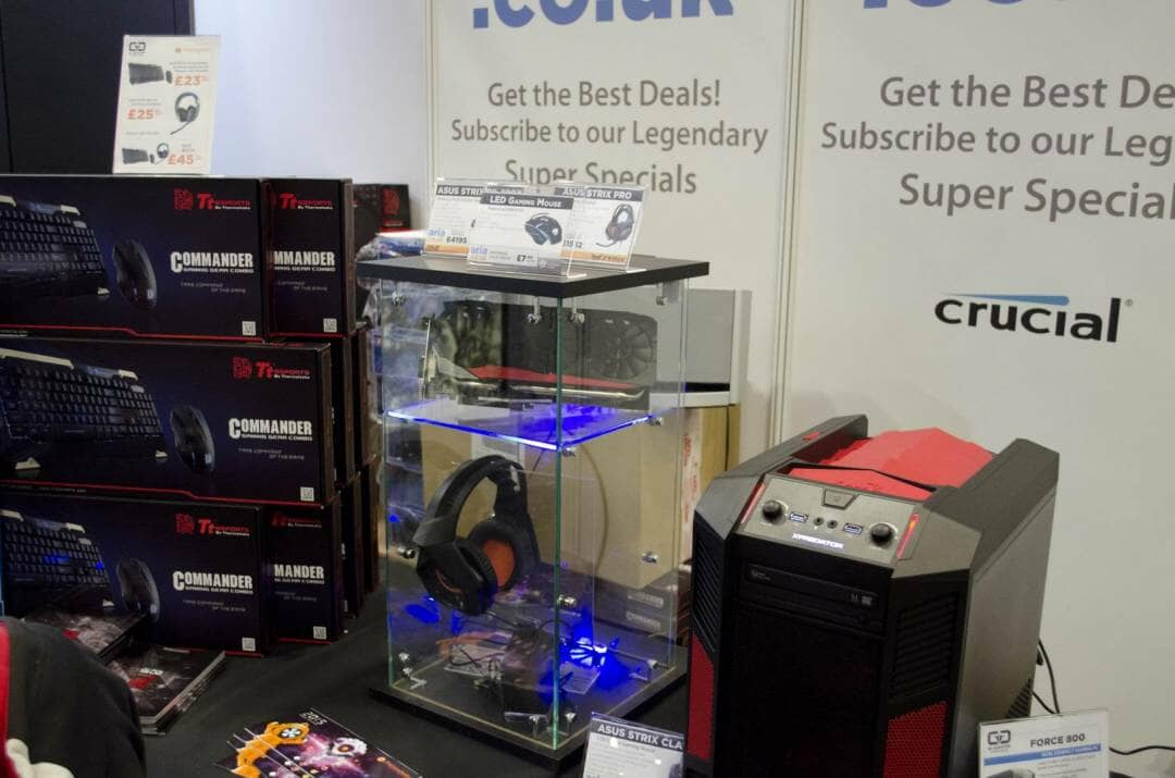 Aria and Gladiator PC at Multiplay Insomnia Gaming Festival I55_9