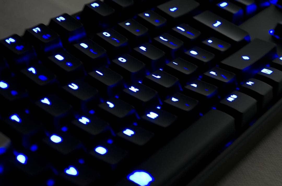 Tt eSPORTS POSEIDON Z Mechanical keyboard with brown switches_18