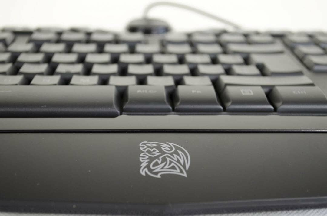 Tt eSPORTS Challenger Prime Gaming Keyboard_5
