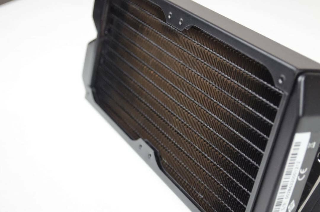 be-quiet-silent-loop-240-mm-aio-cpu-cooler-review_9
