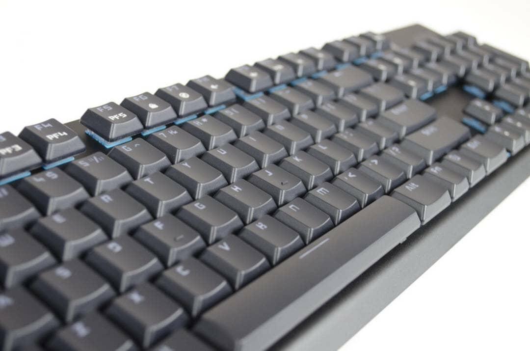 tesoro-gram-spectrum-rgm-gaming-mechanical-keyboard-review_11