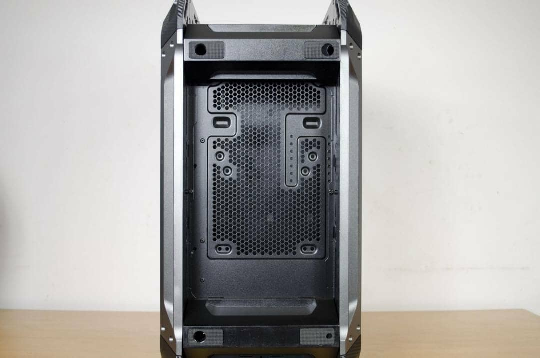 cougar-panzer-max-case-review-_9