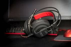 Time to listen up at Gamescom 2017 Speedlink new 'Maxter' gaming headset