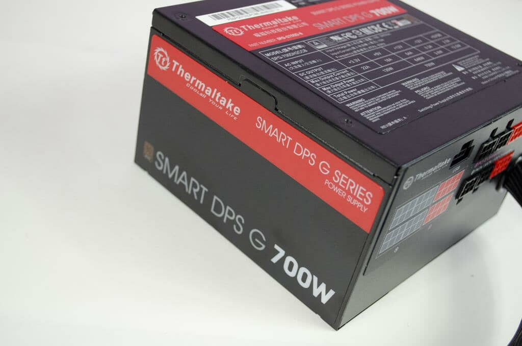 Thermaltake Smart DPS G 700W Power Supply Overview