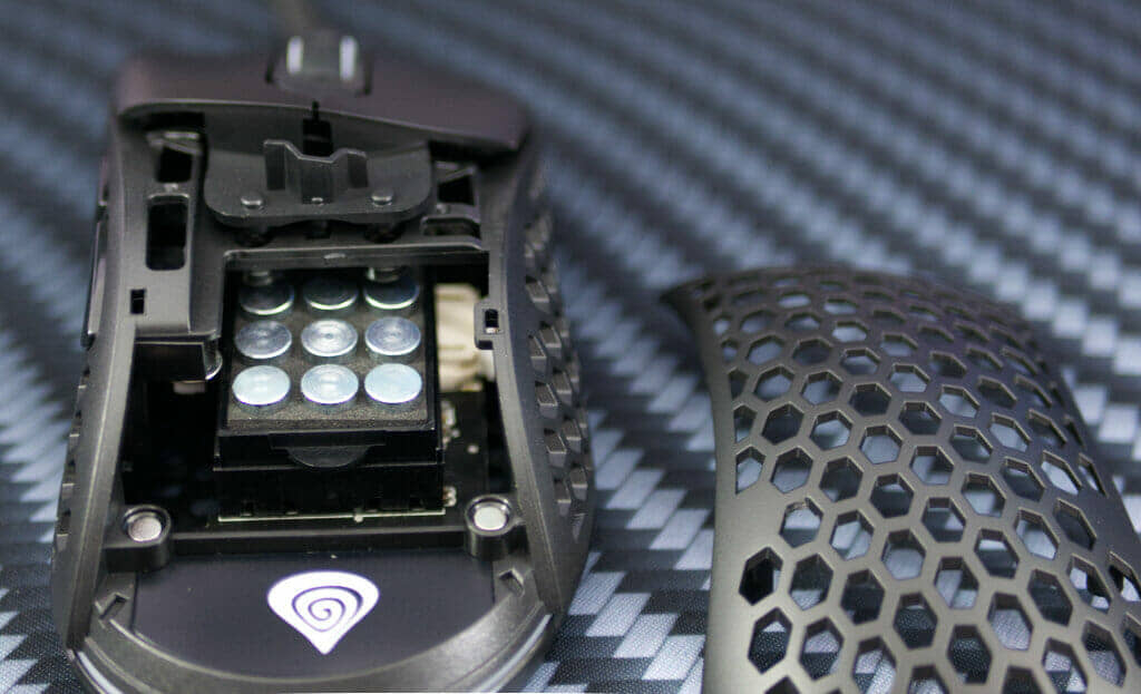 Genesis Xenon 800 weights in mouse